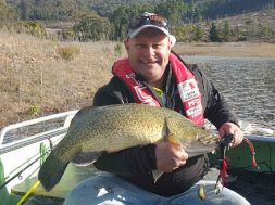 peter-brunt-blowering-murray-cod-social-fishing
